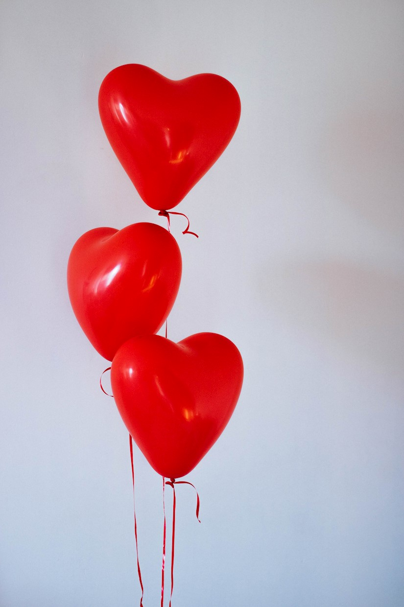 three red heart balloons valentine image